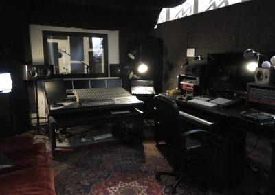 Regia Jones | Sonus Factory